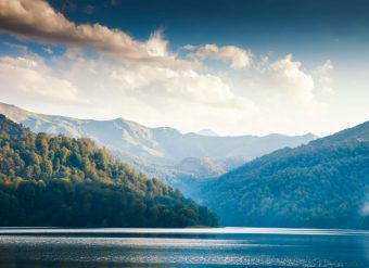 Lago Goygol Azerbaijao
